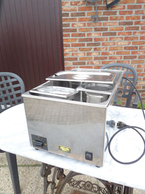 Petite annonce 111858 :  bain marie 3 gastro normes roller grill tout inox solide
