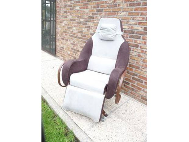 Petite annonce 111921 :  fauteuil coquille grand confort anatomique , assise 52 cm