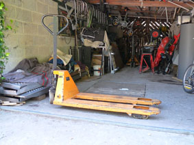 Petite annonce 113239 : transpalette � main hydraulique german style  , fourches 110cm