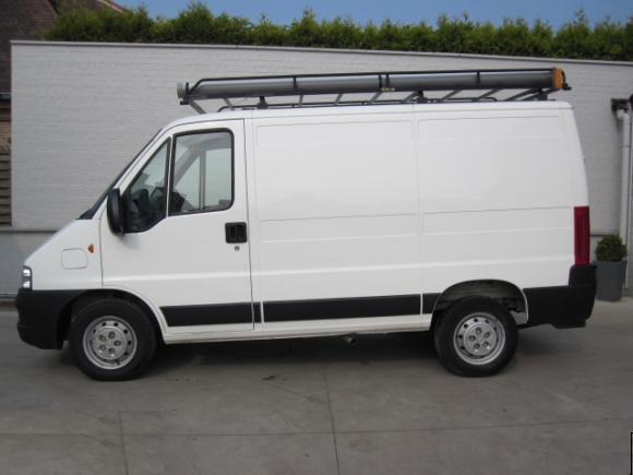 Petite annonce 113346 : Ford transit transporter fourgon