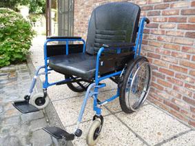 Petite annonce 114011 :   fauteuil roulant pliant eclips xxxl assise 60cm � double croisillons
